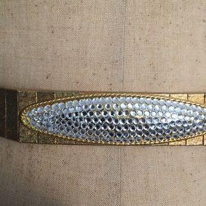 Very unique belt